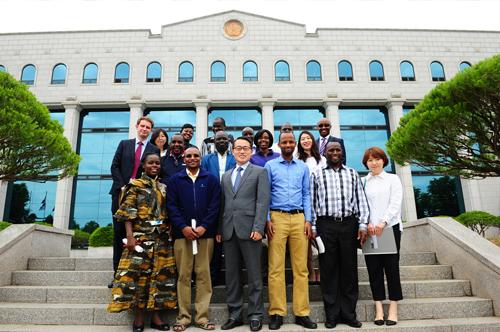 「케냐선거위원회 ICT 전문가 연수단」참가자 중앙위원회 방문
