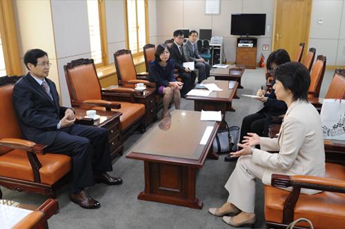 일본 참의원 코우다 구니코 의원