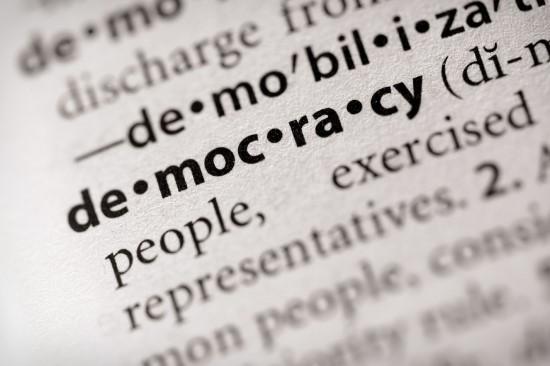 사전의 democracy 확대사진