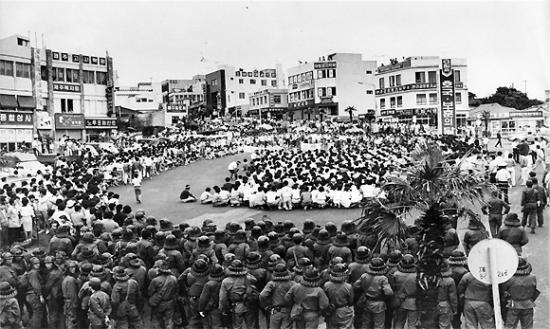 [선거와 민주주의] 직선제를 위한 노력, 6월 항쟁 당시의 거리를 걸어보다. 관련이미지2