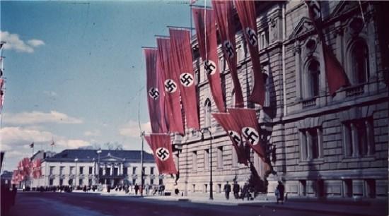 [선거와 세계역사] 나치는 어떻게 독일을 매혹했을까 ? 괴벨스의 선동 4원칙 관련이미지1