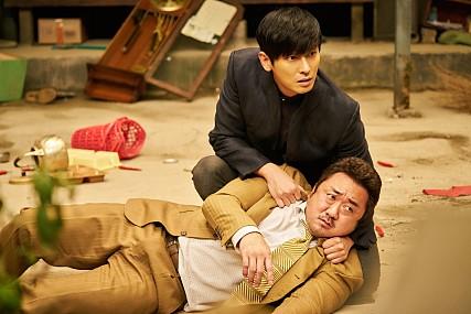 영화 <신과 함께-인과 연(2017)>, <신과 함께>의 강림은 선거에서 당선될 수 있을까? 관련이미지4